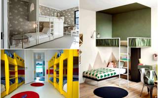 Двухъярусная кровать белого цвета в интерьере детской