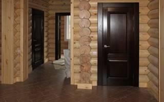 Как установить двери в деревянном доме?