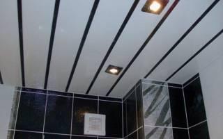 Как сделать потолок из пластиковых панелей?