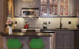 Особенности отделки кухни плиткой и обоями