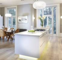 Серо-белая кухня фото